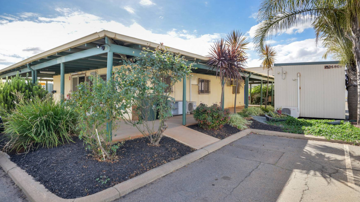 4-12-brooks-way-west-kalgoorlie-image-9
